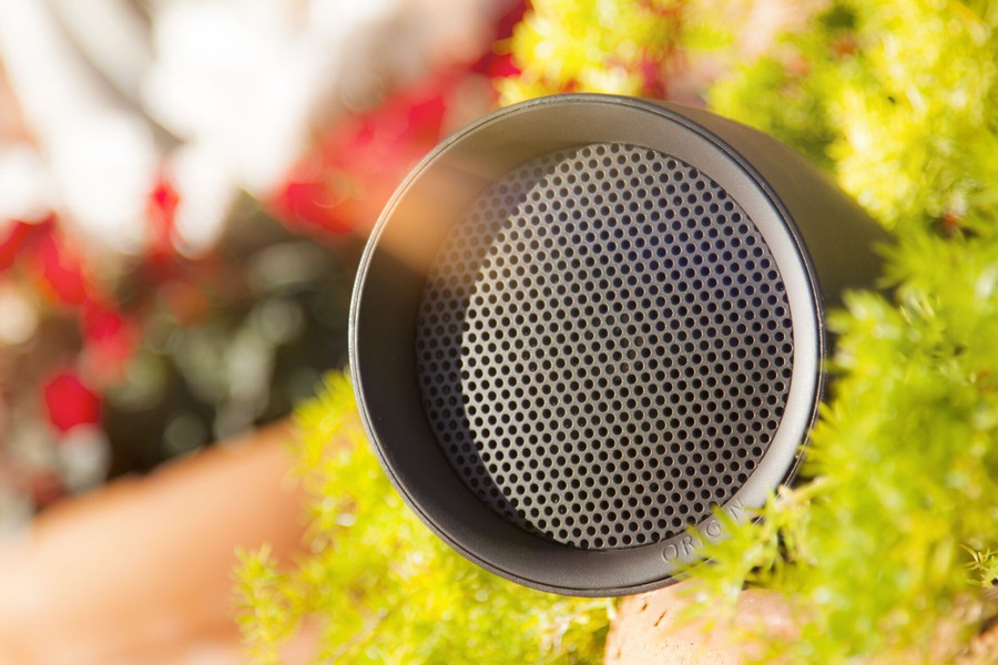 enjoy-fun-in-the-sun-this-summer-with-an-outdoor-speaker-system
